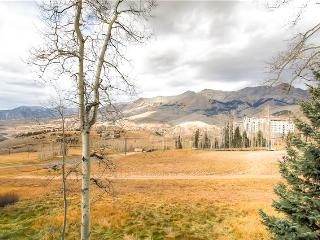 Aspen Ridge - Deluxe 3 Bedroom Townhome + Private Hot Tub #26 - LLH 58096, Telluride