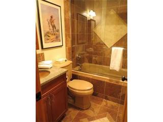Axtel - 2 Bedroom Condo #417-2 - LLH 59899, Crested Butte