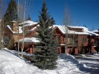 Moose Creek  - 4BR Townhome + Private Hot Tub #30 - LLH 63250, Teton Village