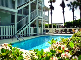 8 Bdr - Privavte Pool - Gulfview - 25 yards to the beach access