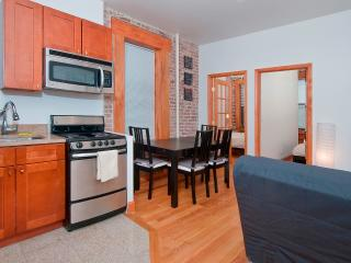 Cozy 2BR Apartment in Midtown East