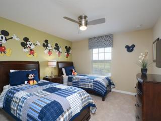 4 Bedrooms villa at Storey Lake, Kissimmee