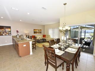 Budget Getaway - Storey Lake Resort - Feature Packed Contemporary 4 Beds 3