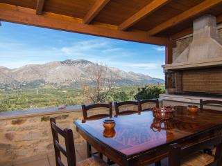 Villa Morfeas, Cottage House with Great View!