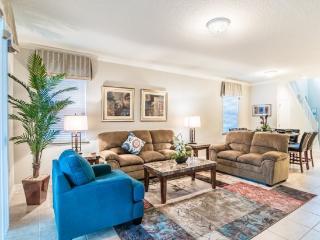 Beautiful 6 bedroom 4.5 Bathroom Pool Home in Windsor at Westside. 2117MW, Kissimmee