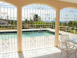 Togetherness Ocean view & Pool in Montego Bay 23$, Ironshore