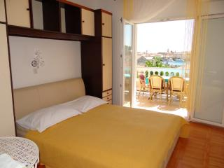 TH02820 Apartments Badurina / Two bedrooms A2, Banjol