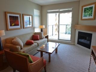 Osoyoos Watermark Beach Resort 1 Bedroom City View Condo