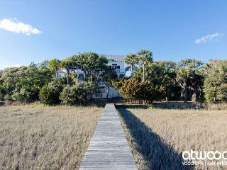 Pelican Pointe - Edisto Island Luxury; Ocean/Creek Views and Private Dock