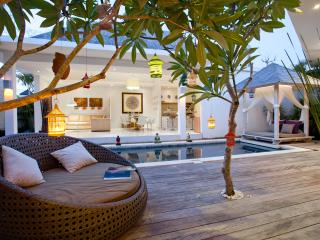 Le Chloe Magic Trip Villa 3 bedrooms, Seminyak