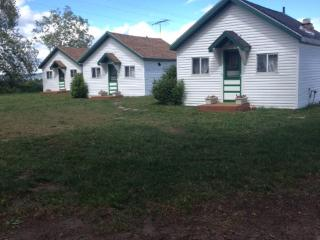 Jolley Camper RV Cottages and Tenting, Ashton