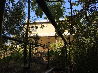 Dennis Cottage, Auburn