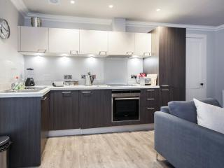 Fully integrated kitchen with Siemans appliances