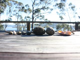 The Beautiful Beachhouse, Dennes Point, Bruny Is