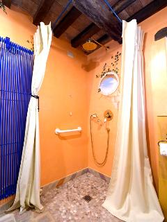 Bathroom Capretta