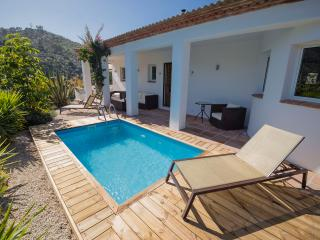 Pool terrace - pool size 4m x 2.5m