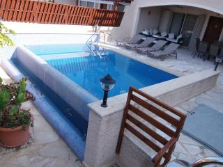 Coral Bay Villa 150m to Coral Bay Beach  - Pool, Paphos