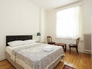 Rental Apart in a Historical Building at Pera 1378, Istanbul