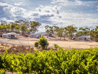 Neagles Retreat Villas, Clare, South Australia