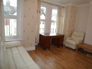 2 Bed apartment, 2 bathrooms, 20 min. City center