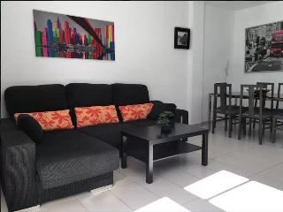 Townhouse in the center close to Las Vistas beach, Los Cristianos