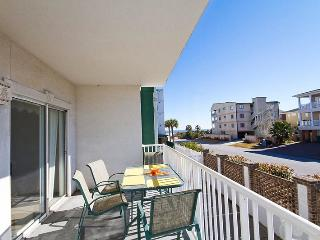Gull Reef Club Condominiums - Unit 612 - Swimming Pools - Easy Beach Access