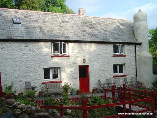 Cascade Cottage, Exford - Country cottage in Exford, Exmoor National Park, sleeps 6