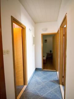 A3-Veliki(4+1): hallway