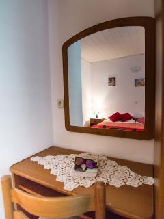 A3-Veliki(4+1): bedroom