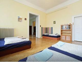 East's Dream Apartment, Boedapest