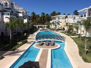 Costa Hermosa 1BR luxury with jacuzzi, Bavaro