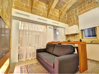 Boutique Studio in central Valletta (Coral)(GF), La Valeta
