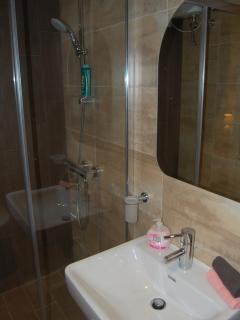 En- suite with of the double bedroom