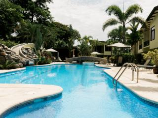 2bedroom Luxury Condominium, Jaco beach, CostaRica