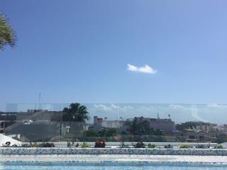 Ocean View Studio Apartment with Private Pool - Playa's 12th Street- CFPH, Playa del Carmen