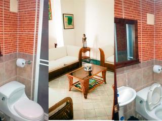 LUXURY HOUSE CALLE DEL CURATO #3890, Cartagena