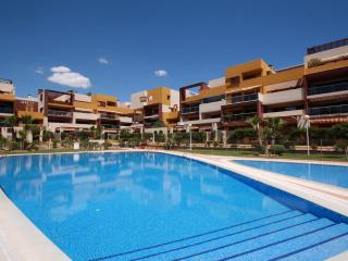 Wonderful apartment in a new complex El Bosque, Orihuela