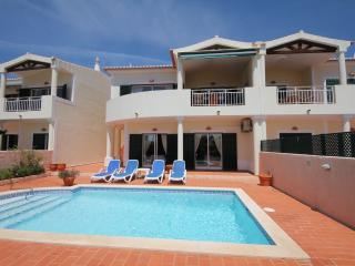 2 bedroom Villa with Stunning Sea Views, Luz
