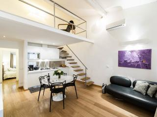 Modern 1 Bedroom Apartment in Florence, Florença