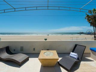 Blu Santa Monica U2, Sleeps 6