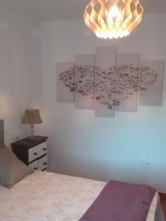 Acogedora habitación, delicadamente decorada.