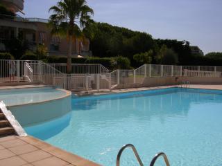 Villa-Appart Duplex- Jardin-Piscine-Clim-Garage