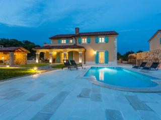 Lovely villa in the middle of the Krk island