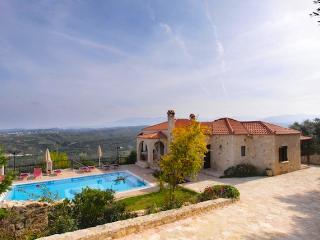 Villa Alethea, Tavronitis