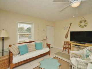 Adorable Beach Cottage Rental C