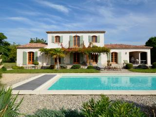 Luxury Provencal villa, 15x5m heated pool