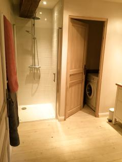 Ensuite and laundry
