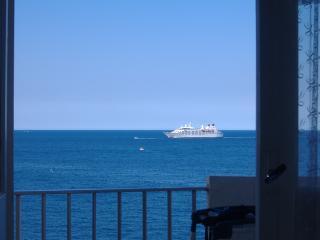 Appartement T2 les  pieds dans l'eau, Collioure