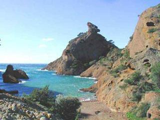 Appartement  ensoleillé moins de 300m des plages, La Ciotat