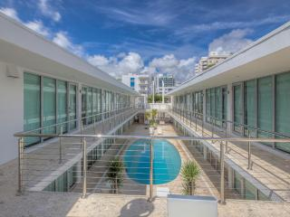 Your Ultimate South Beach Oasis, Miami Beach